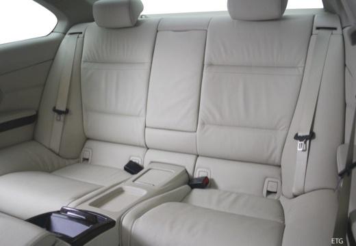 BMW Seria 3 E92 I coupe wnętrze