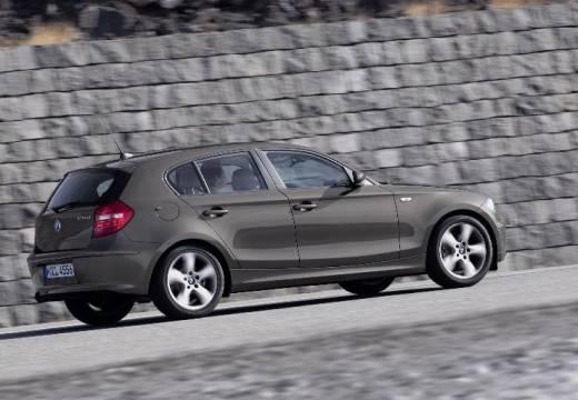 BMW Seria 1 E87 II hatchback brązowy tylny prawy
