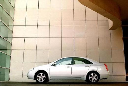 NISSAN Primera IV sedan silver grey boczny lewy