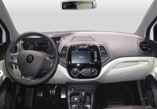 RENAULT Captur hatchback tablica rozdzielcza