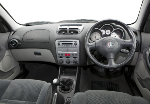 ALFA ROMEO 147 I hatchback tablica rozdzielcza