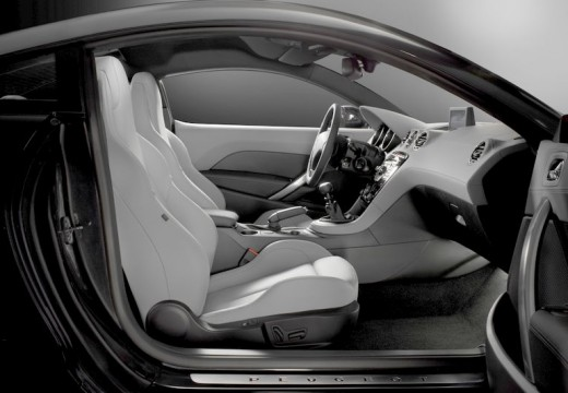 PEUGEOT RCZ I coupe wnętrze