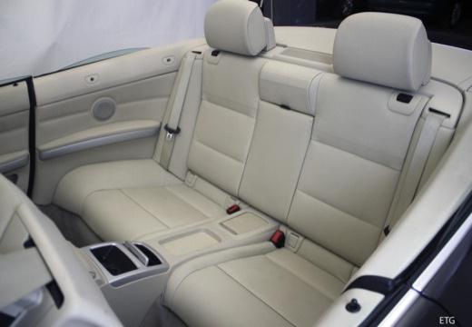 BMW Seria 3 Cabriolet E93 II kabriolet wnętrze