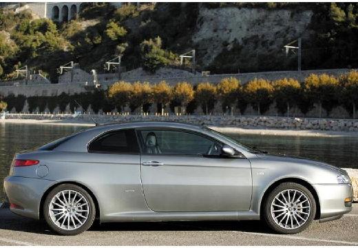 ALFA ROMEO GT coupe silver grey boczny prawy