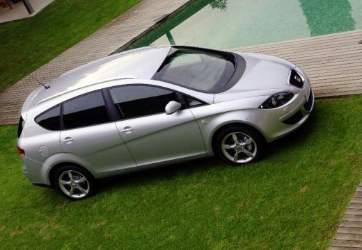 SEAT Altea XL I hatchback silver grey przedni prawy