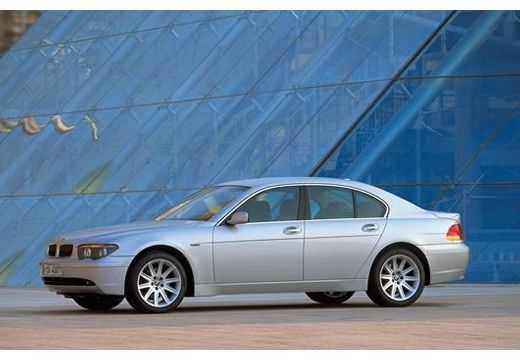 BMW 760i L Sedan E65 E66 I 6.0 445KM (benzyna)