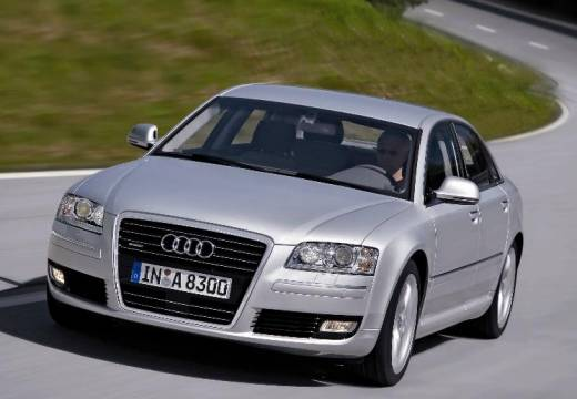 AUDI A8 sedan silver grey przedni lewy
