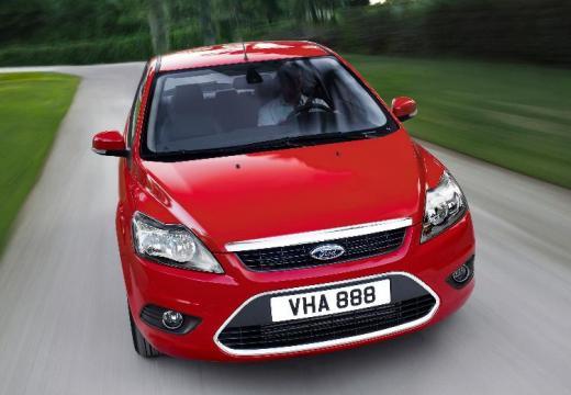 FORD Focus IV hatchback czerwony jasny przedni