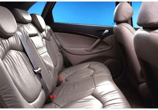 CITROEN C5 I hatchback wnętrze