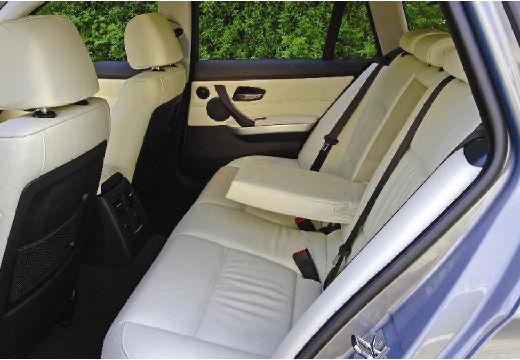 BMW Seria 3 Touring E91 I kombi niebieski jasny wnętrze
