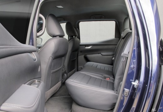 MERCEDES-BENZ Klasa X pickup wnętrze