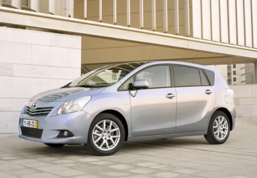 Toyota Verso kombi mpv silver grey przedni lewy