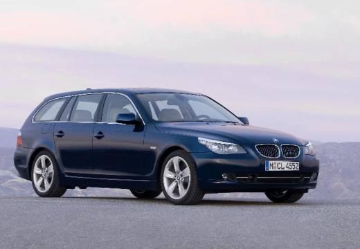 BMW Seria 5 Touring E61 II kombi niebieski jasny przedni prawy