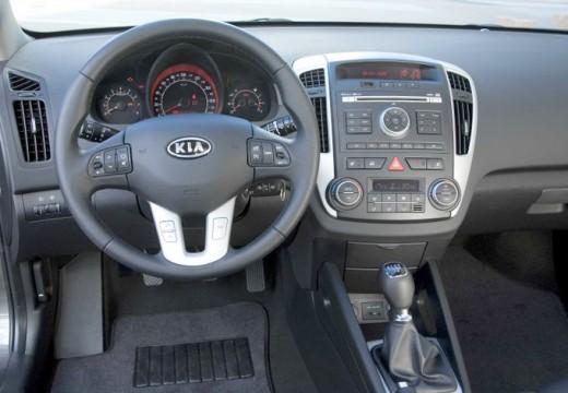 KIA Ceed II hatchback tablica rozdzielcza