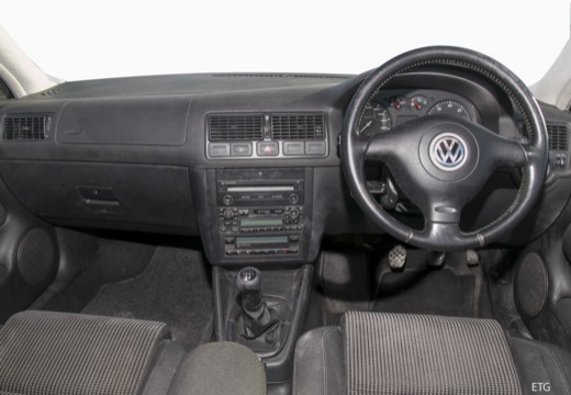 VOLKSWAGEN Golf IV hatchback tablica rozdzielcza