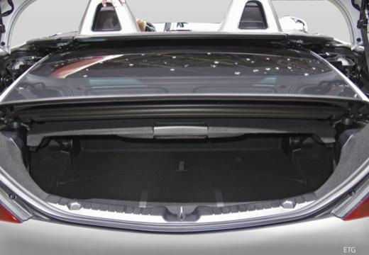 MERCEDES-BENZ Klasa SLK roadster przestrzeń załadunkowa