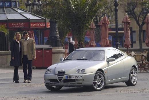 ALFA ROMEO GTV coupe silver grey przedni lewy