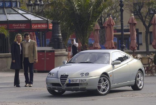 ALFA ROMEO GTV II coupe silver grey przedni lewy