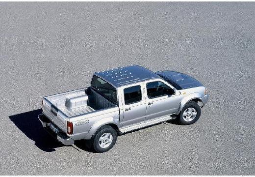 NISSAN Pick Up Navara II pickup silver grey tylny prawy