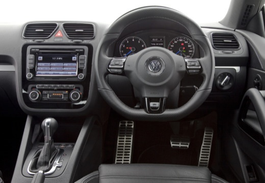 VOLKSWAGEN Scirocco III I coupe czarny tablica rozdzielcza