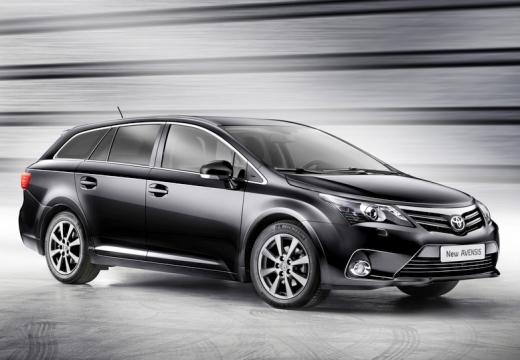 Toyota Avensis kombi czarny przedni prawy