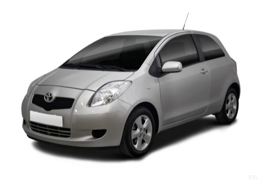 Toyota Yaris hatchback przedni lewy