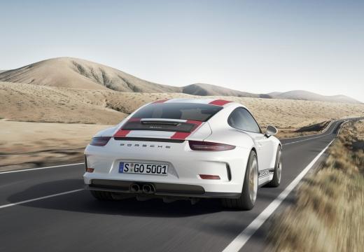 PORSCHE 911 991 I coupe biały tylny prawy