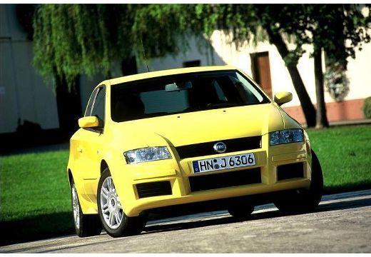 FIAT Stilo II hatchback żółty przedni prawy