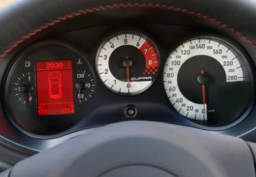 SEAT Leon II hatchback tablica rozdzielcza