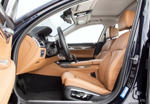 BMW Seria 7 G11 G12 I sedan wnętrze