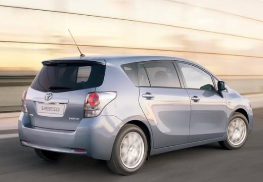 Toyota Verso I kombi mpv silver grey tylny prawy