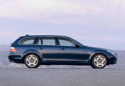 BMW Seria 5 Touring E61 II kombi niebieski jasny boczny prawy