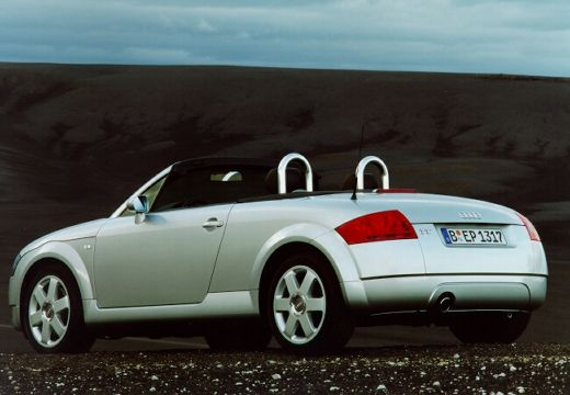 AUDI TT Coupe 8N roadster silver grey tylny lewy