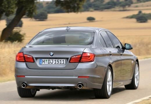 BMW Seria 5 F10 I sedan silver grey tylny prawy