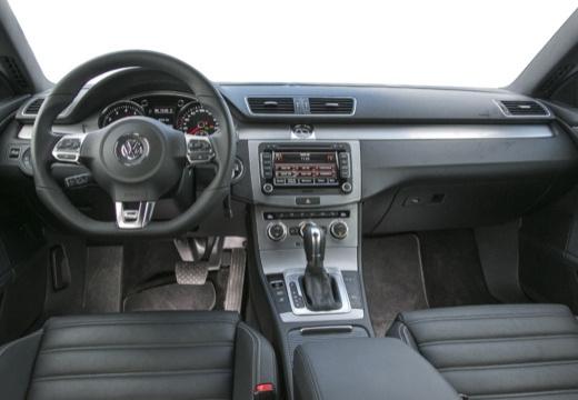 VOLKSWAGEN Passat CC sedan silver grey tablica rozdzielcza