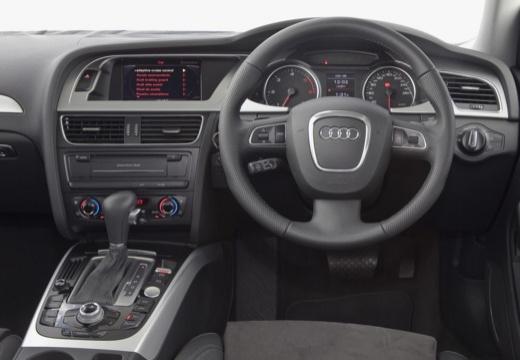 AUDI A4 B8 I sedan silver grey tablica rozdzielcza