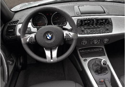 BMW Z4 E85 II roadster silver grey tablica rozdzielcza