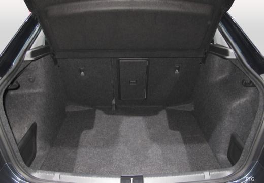 SKODA Rapid Liftback hatchback przestrzeń załadunkowa
