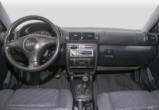 AUDI A3 /S3 8L II hatchback tablica rozdzielcza