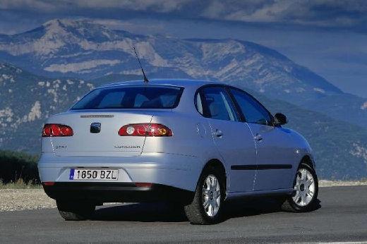 SEAT Cordoba III sedan silver grey tylny prawy