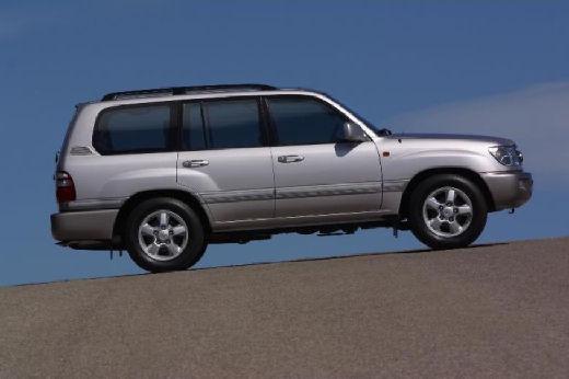 Toyota Land Cruiser 100 II kombi silver grey boczny prawy