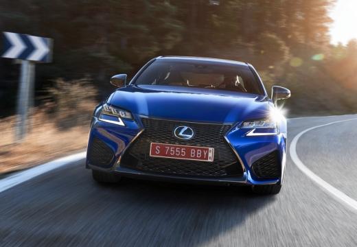 LEXUS GS V sedan niebieski jasny przedni