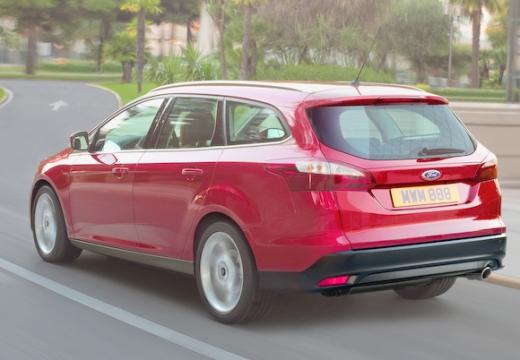 FORD Focus V kombi czerwony jasny tylny lewy