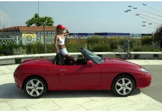 FIAT Barchetta kabriolet czerwony jasny boczny prawy