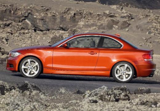 BMW Seria 1 E82 I coupe pomarańczowy boczny lewy