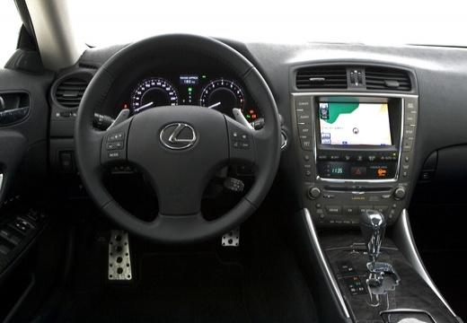 LEXUS IS C kabriolet biały tablica rozdzielcza