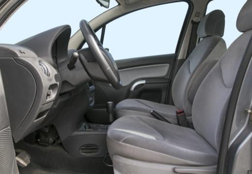 CITROEN C3 I hatchback wnętrze