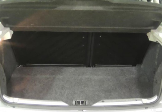 PEUGEOT 206+ I hatchback przestrzeń załadunkowa