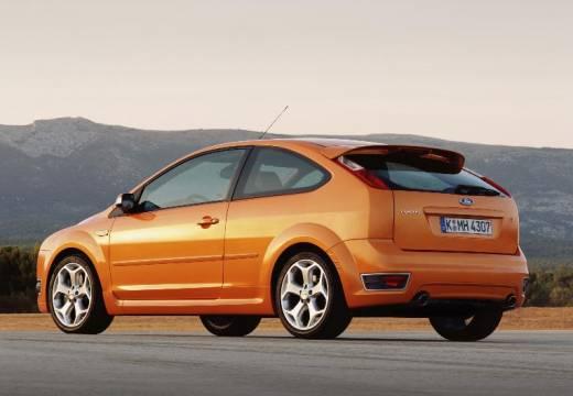 FORD Focus III hatchback pomarańczowy tylny lewy