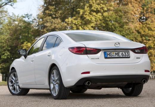 MAZDA 6 V sedan biały tylny lewy